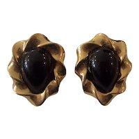 Pretty Vintage Monet Gold tone Earrings Black Tear drop Centers