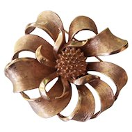 Vintage Gold tone Coro Ribbon Flower Brooch