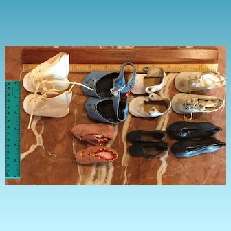 Seven pairs of vintage DOLL SHOES
