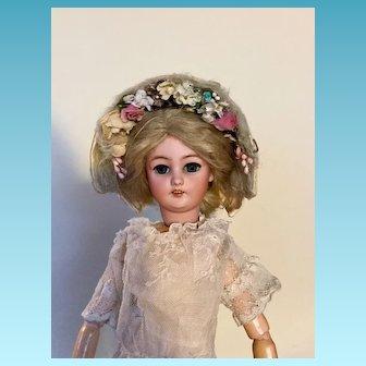 Pretty Vintage Bonnet