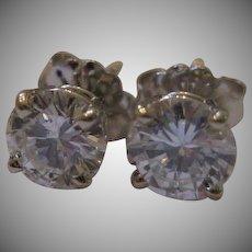 ON RESERVE FOR RENEE - Estate 14kt Round Brilliant Diamond Earrings
