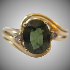 14kt Green Tourmaline Diamond Ring