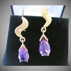 Vintage 14kt Lab Created Alexandrite Dangle Earrings