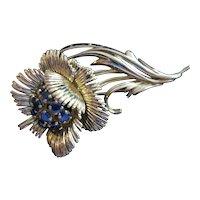 18kt Saphire Flower Brooch