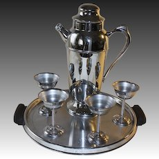 1930's American Chromium Streamline Moderne Cocktail Set
