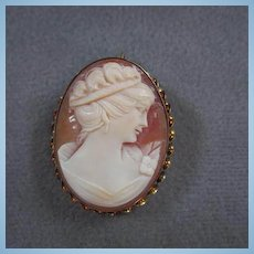 Classic Quality  Hand carved Shell Cameo Vintage Brooch Pin Pendant