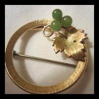 Classic Krementz Vintage Jade Pin