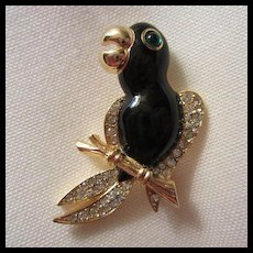 Wonderful Vintage Toucan Enamel Rhinestone Vintage Brooch Pin