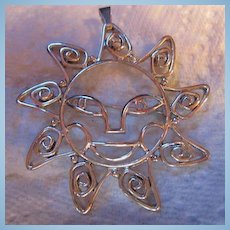 Vintage Iconic Silver plate Happy Sunshine Face Pin/Pendant