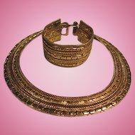 Classic Vintage Bracelet and Collar Necklace Gold color Set