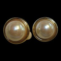 Signed Anne Klein Classic Mobe Pearl Vintage Clip Earrings