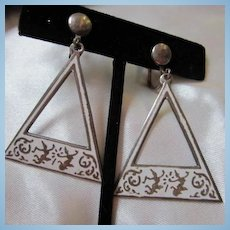 Unusual Siam Sterling Nielloware White Enamel Vintage Hanging Earrings