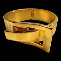 Modernist Buckle  Shiny Gold tone Clamper Bracelet
