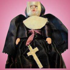 Vintage 1950s Nun Full Habit Dress Eyes Open & Close Doll