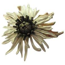 Fabulous Dimensional Realistic Enameled Vintage Flower Brooch Pin