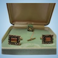 Anson Signed Gold plated Cufflinks and Tie Tac Original Vintage Box