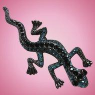 Austrian Crystal Rhinestone Encrusted Lizard Iguana Figural Silver tone Vintage Brooch Pin