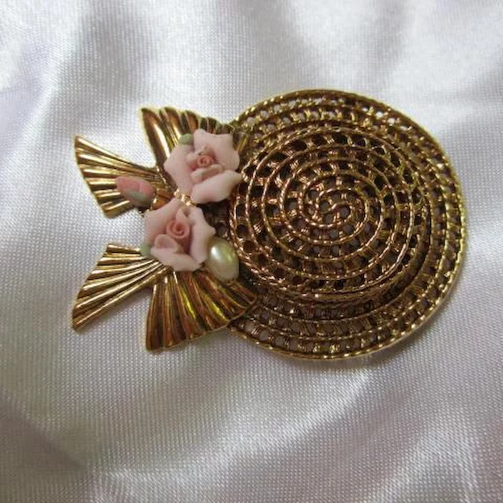 My Fair Lady Hat Pink Roses fx Pearl 1928 Company Brooch