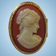Gorgeous Signed Cameo Perfume Secret Compartment Adjustable Ring.