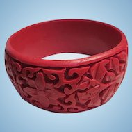 Fabulous Wide Carved Red Cinnabar Flowers Intricate Design Vintage Bangle Bracelet