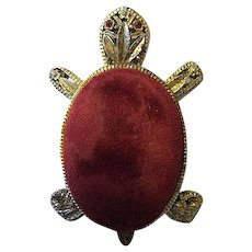 Vintage Red Velvet Gold tone Rhinestone Eyes Pin Cushion Near Mint Condition