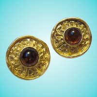Wonderful fx Amber Matte Gold Plate Museum Replica Vintage Clip Earrings