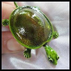 Fabulous 1960s Enamel Turtle Figural Adjustable Ring