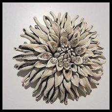 Featherlite White Black Rhinestone Crysanthemum 1950s Vintage Brooch Pin