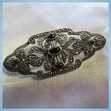 Gorgeous Sparkling Art Deco Design Marcasite Onyx Sterling Silver Vintage Brooch Pin