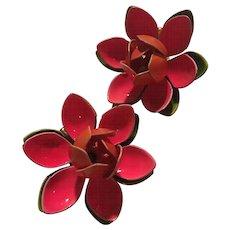 Pink Green Flower Power 1960s Enamel Vintage Clip Earrings
