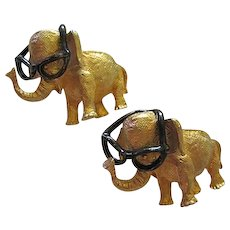 Pair Adorable Elephants Trunks Up Glasses Move Vintage Figural Brooch Pin