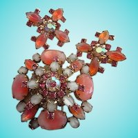 Stunning Pink White Givre Art Glass Brooch Earrings Demi Set