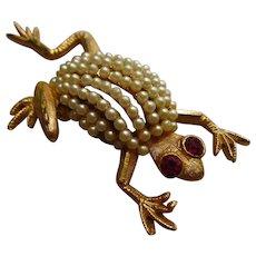Signed BSK Frog Figural fx Pearls Ruby Red Rhinestone Eyes Vintage Brooch Pin