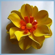 Gorgeous Bright Yellow Orange Flower Power 1960s Enamel Vintage Brooch Pin