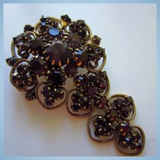 HOBE Signed Rare Garnet Swarovski Crystal Rhinestone Dangle Vintage Brooch Pin