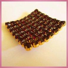 Faceted Garnet Crystal Rhinestones Curved Brooch Pin