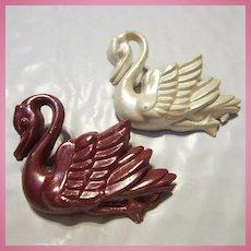1940s Celluloid Swan Figurals Brooch Pin Set