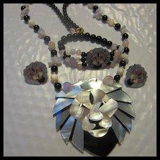 Lee Sands MOP Inlaid Mosaic Lion Pendant Necklace Bracelet Earrings Parure Book Set