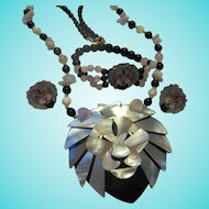 Lee Sands of Hawaii Mother of Pearl Inlaid Mosaic Iconic Lion Pendant Necklace Bracelet Earrings Parure Book Set