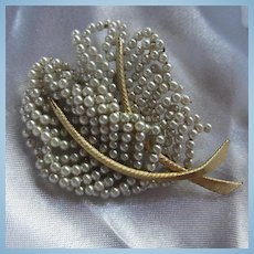 Hand Wired fx Pearl double Leaf Gold plate Brooch