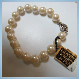 Richeleiu Glasstique Simulated Pearls Hand Knotted Bracelet Original Tag