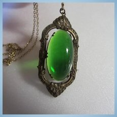 Stunning Emerald Green Translucent Large Oval Cabochon Gripoix 1920s Pendant Necklace