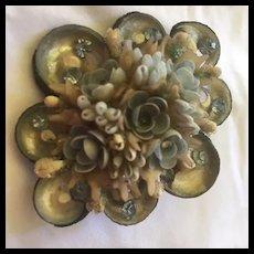 1950s Lovely Seashell Handmade Tourist Brooch