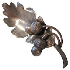Acorns Sterling Silver Brooch Pin