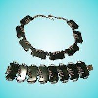 Fabulous Bakelite Signed Marbled Green Bracelet & Necklace Set