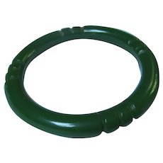 Spinach Green Carved Bakelite Bangle Bracelet