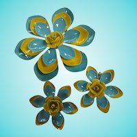 Blue Yellow Fabulous Flower Power Pin Clip Earrings