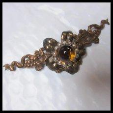 Brass Ribbon Wreath Pale Amber Globe fx Pearl Brooch