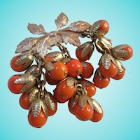 Fabulous 1940s Orange Berries Iconic Dangle Brooch