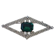 Vintage eye design crystal brooch old green cabochon stone